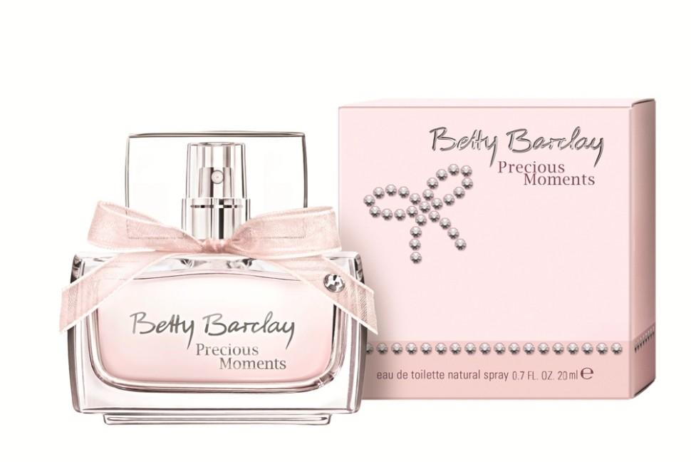 Betty Barclay Precious Moments Туалетная вода 20 млBetty Barclay<br>Новый аромат Betty Barclay Precious Moments  - как неотъемлемая часть украшения – для незабываемых, ярких и самых драгоценных мгновений.<br>Мнение эксперта:<br>Бриллианты… их знает и любит каждая женщина! Переливаясь и сверкая своими гранями они дают своей обладательнице возможность почувствовать себя уверенной, эффектной. Они также могут быть выражением любви и привязанности.<br>Состав:<br>Состав: ALCOHOL, FRAGRANCE (PARFUM),WATER (AQUA), ETHYLHEXYL METHOXYCINNAMATE, BUTYL METHOXYDIBENZOYLMETHANE, ETHYLHEXYL SALICYLATE, COUMARIN, BENZYL ALCOHOL, LINALOOL, LIMONENE, BHT, RED 4 (CI 14700)<br><br>Вес г: 148<br>Бренд : Betty Barclay<br>Объем мл: 20<br>Возраст : 20+<br>Страна производитель : Германия<br>Вид Аромата : Цветочный фруктовый<br>Шлейф : мускус, древесные ноты, ванильная карамель<br>Верхняя Нота : Дыня<br>Верхняя Нота : Дыня