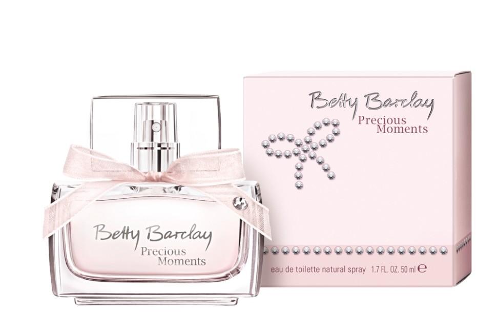 Betty Barclay Precious Moments Туалетная вода 50 млBetty Barclay<br>Новый аромат Betty Barclay Precious Moments - как неотъемлемая часть украшения – для незабываемых, ярких и самых драгоценных мгновений.Бриллианты… их знает и любит каждая женщина! Переливаясь и сверкая своими гранями они дают своей обладательнице возможность почувствовать себя уверенной, эффектной. Они также могут быть выражением любви и привязанности.<br>Состав:<br>Состав: ALCOHOL, FRAGRANCE (PARFUM),WATER (AQUA), ETHYLHEXYL METHOXYCINNAMATE, BUTYL METHOXYDIBENZOYLMETHANE, ETHYLHEXYL SALICYLATE, COUMARIN, BENZYL ALCOHOL, LINALOOL, LIMONENE, BHT, RED 4 (CI 14700)<br><br>Вес г: 224<br>Бренд : Betty Barclay<br>Объем мл: 50<br>Возраст : 20+<br>Страна производитель : Германия<br>Вид Аромата : Цветочный фруктовый<br>Шлейф : мускус, древесные ноты, ванильная карамель<br>Верхняя Нота : водный аккорд, черная смородина, малина<br>Верхняя Нота : водный аккорд, черная смородина, малина
