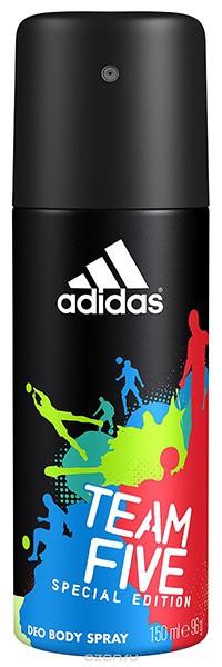 Adidas Део-спрей антиперспирант для мужчин Team FiveAdidas<br>Линейка продуктов Team Five отражает основные качества настоящих игроков: стремление к победе, силу воли, горячее желание сделать свою жизнь лучше и играть в ней ключевую роль по своим правилам. Дезодорант-спрей Adidas Team Five насыщен динамичным звучанием, балансирующим на грани между чувственностью и свежестью. Он наделен множеством оттенков, подчеркивает уверенность в своих силах, силу и энергию молодости, шарм и элегантность.<br><br>Вес г: 200<br>Бренд : Adidas<br>Объем мл: 150<br>Страна производитель : Польша