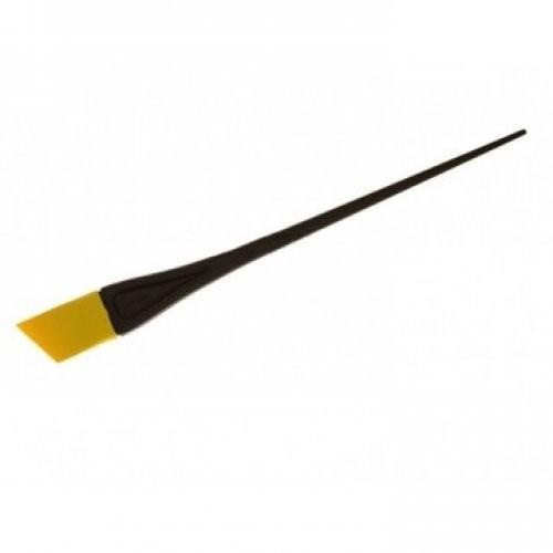 Sibel Кисть для окраски желтая узкая скошеннаяSibel<br>Профессиональная кисть-лопатка The Sprush для создания креативных художественных элементов при окрашивании волос, для техники балаяж и для окрашивания волос на лице.<br><br>Вес г: 20<br>Бренд: Sibel