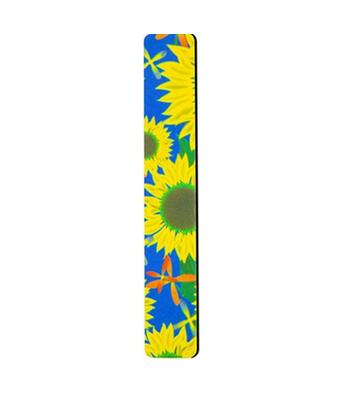 SOPHIN Пилка шлифовальная Sunflower 180/240Эта серия профессиональных пилок поможет придать ногтям идеальную форму, как в салонах, так и в домашних условиях. В зависимости от зернистости пилки подходят для обработки натуральных и искусственных ногтей. Пилочки с маленьким абразивным числом от 80 до 180 используют для моделирования искусственных ногтей, причем стоит отметить, что акриловые ногти требуют более жесткого обращения, чем гелиевые. Пилочки с абразивом от 180 до 240 можно использовать для обработки натуральных ногтей, они будут гораздо бережнее и мягче. Высококачественное покрытие пилок обеспечивает идеальную обработку ногтя и долгий срок службы. Удобная форма позволит легко добиться прекрасных результатов.<br><br>Вес г: 30<br>Бренд : Sophin<br>Страна производитель : Франция