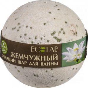 Ecolab Бурлящий шар для ванны Белый лотос и ПальмрозаДля тела<br>Шар для ванны бурлящий Белый лотос и Пальмроза.<br><br>Активные ингредиенты: жемчужная соль, масло белого лотоса, экстракт пальма розы.<br>- Масло белого лотоса – активный антивозрастной компонент.<br>- Экстракт пальмарозы- косметологи<br> ценят этот растительный компонент за его активное антисептическое и <br>тонизирующее действие, а та же способность восстанавливать жировой <br>баланс кожи.<br>Продукт не содержит силиконов и парабенов.<br>Состав: Sodium<br> bicarbonate, Citric Acid, органическое масло Виноградных косточек, <br>масло белого Лотоса, Aqua, экстракт Пальмарозы, ароматическое масло, <br>Cl19140, Mica.<br>Способ применения: опустите<br> шар в теплую воду, дождитесь полного растворения, принимайте ванну при <br>температуре 37-38 С в течение 10 минут. Не используйте гели для душа или<br> мыло, чтобы не смывать с кожи масла.Вес: 220гр.<br><br>Вес г: 220<br>Бренд: Ecolab<br>Страна производитель: Россия