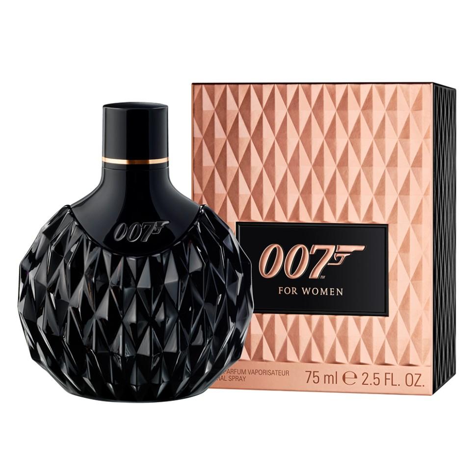 James Bond Woman Парфюмерная вода 75 млJames Bond<br>Руководство по выбору:<br>Дневной и вечерний аромат<br>Описание:<br>Раскрывая сущность девушки Бонда, аромат 007 for Women отражает ее непреодолимую силу обольщения, за которой скрывается решительность и смелость. Утонченная и загадочная, она обладает опьяняющей комбинацией красоты и интеллекта. Насыщенные женственные компоненты аромата подчеркивают страстный темперамент его обладательницы. Верхние ноты открываются насыщенным аккордом острого черного перца и нежной молочной розы, воплощая в себе опасное сочетание риска и чувственности. Сердечные ноты построены вокруг узнаваемого яркого фруктового аккорда ежевики, соединенного с женственной мягкостью цветка жасмина. Богатая чувственная база раскрывается нотами черной ванили, являющейся основным ингредиентом любой восточной ароматической композиции, и изысканного белого мускуса с легким изящным штрихом кедрового дерева.<br>Мнение эксперта:<br>На съемках рекламной кампании я использовал особые кинематографические приемы. Это единственный способ передать глубину и таинственность аромата девушки Бонда, - известный фотограф Грег Уильямс<br>Особенности состава:<br>Уникальная интерпретация восточной ароматической композиции позволила создателям воплотить в нем неповторимую женственность и загадочность<br>Состав:<br>Alcohol Denat., Aqua (Water), Parfum (Fragrance)<br><br>Вес г: 75<br>Бренд : James Bond<br>Объем мл: 75<br>Возраст : 18+<br>Страна производитель : Германия<br>Вид Аромата : Восточный<br>Шлейф : Ваниль, Мускус<br>Верхняя Нота : Черный перец, молочная роза<br>Верхняя Нота : Черный перец, молочная роза