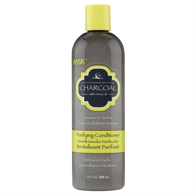 HASK Кондиционер очищающий с Углем и Цитрусовым маслом 355млHask<br>Подходит для всех типов волос, в том числе окрашенныхНе содержит сульфаты, парабены, фталаты, клейковину (глютен), спирт и искусственные красители.Очищающий Кондиционер с древесным углем идеально использовать <br>совместно с Шампунем с древесным углем. Древесный уголь, полученный из <br>кокосовой скорлупы, в сочетании с цитрусовым маслом, буквально поглощает<br> загрязнения, волосы становятся чистыми и шелковистыми, и готовы для <br>укладки. Кондиционер достаточно мягкий для ежедневного использования и <br>безопасный для окрашенных волос. Мы обещаем, уголь смывается!355 млСпособ применения: Нанесите кондиционер по всей длине на влажные <br>волосы, оставьте на 1-2 минуты. Тщательно смойте. Идеально подходит для <br>ежедневного использования. Для достижения наилучших результатов, <br>используйте с шампунем HASK с древесным углем.<br><br>Вес г: 405<br>Бренд : HASK<br>Объем мл: 355<br>Тип волос : окрашенные, все типы волос<br>Действие : глубокое очищение<br>Тип средства для волос : кондиционер<br>Страна производитель : США