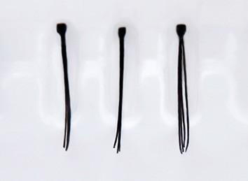 Limoni Individual Lashes Пучки ресниц индивидуальные черные (10 мм)Накладные ресницы, пучки, клей<br>Накладные пучки ресниц придают натуральным ресницам естественный объем, что делает взгляд более глубоким, распахнутым и выразительным.Марка Limoni предлагает Вам индивидуальные пучки ресниц 8мм, 10мм, 12 мм и ассорти в упаковках по 90 штук.Вы можете подобрать пучки ресниц идеально подходящие Вам по объему и длинне. Пучки имеют широкий спектр применения для моделирования длины и объем натуральных ресниц. Пучки выполнены из высококачественных синтетических волокон.Для достижения наилучшего результата рекомендуется использовать клей для накладных ресниц Limoni Eyelashes Glue прозрачный или черный.Вы можете приклеить ресницы в тех местах, где Ваши ресницы растут недостаточно густо, или просто придать дополнительный объем натуральным ресницам.<br><br>Вес г: 25<br>Бренд : Limoni<br>Тип продукта : пучки<br>Длина ресничек : 10 мм