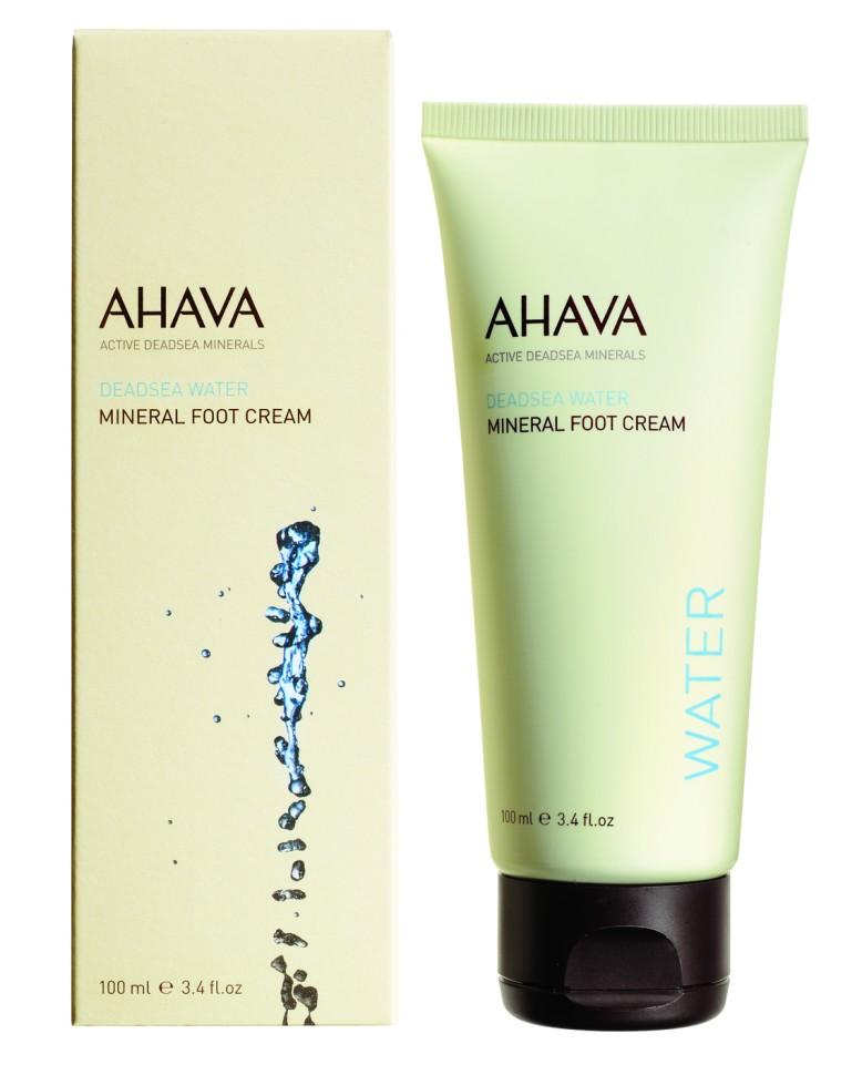 Ahava Deadsea Water Минеральный крем для ног 100 млAhava<br>Бархатный крем для ног, который смягчает и восстанавливает сухую кожу стоп, предотвращает появление трещин и раздражений. Обогащённый Osmoter ™ и питательными маслами, крем эффективно питает, увлажняет и поддерживать чувство комфорта ног.Являясь единственной косметической компанией, расположенной на берегу Мертвого моря, цель и задача AHAVA состоит в том, чтобы предоставить достоинства Мертвого моря путем использования своих самых необычных ингредиентов и создания инновационных и эффективных продуктов для потребителей во всем мире.<br>Способ применения:<br>Небольшое количество крема нанести массажными движениями до полного впитывания. Используйте ежедневноСостав:<br>Aqua (Mineral Spring Water), Ethylhexyl Palmitate, Ceteareth-30 &amp;amp; Cetearyl Alcohol, Cetyl Alcohol, Glycerin, Sodium Cetearyl Sulfate, Oleyl Erucate, Dehydroacetic Acid &amp;amp; Benzoic Acid &amp;amp; Phenoxyethanol, Hamamelis Virginiana (Witch Hazel) Flower Water, Maris Sal (Dead Sea Water), Aloe Barbadensis Leaf Juice, Dimethicone, Parfum (Fragrance), Persea Gratissima (Avocado) Oil, Simmondsia Chinensis (Jojoba) Seed Oil, Prunus Amygdalus Dulcis (Sweet Almond) Oil, Triticum Vulgare (Wheat) Germ Oil, Allantoin, Salicylic Acid, Tetrasodium EDTA, Menthol, Arginine, Melaleuca Alternifolia (Tea Tree) Leaf Oil, Tocopherol (Vitamin E), Linalool, Citronnellol, Butylphenyl Methylpropional, Amyl Cinnamal, Coumarin, Alpha- Isomethyl Ionone, Limonene, Isoeugenol.<br><br>Вес г: 145<br>Бренд : Ahava<br>Объем мл: 100<br>Возраст : 12+<br>Страна производитель : Израиль
