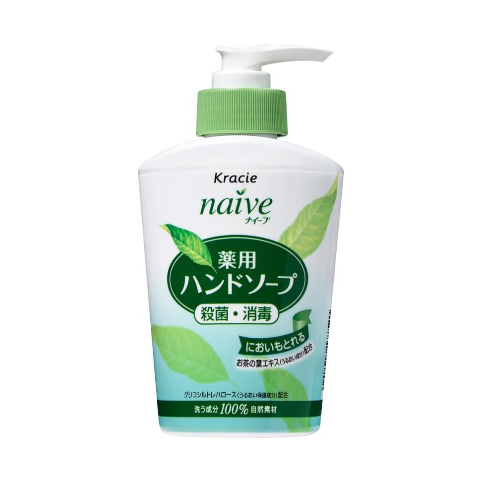KANEBO NAIVE Жидкое мыло для рук Чайный лист, 250млKANEBO<br>Мыло жидкое с экстрактом чайного листа предназначено для гигиены рук. Специальные компоненты растительного происхождения бережно очищают и увлажняют кожу, придавая ей ухоженный вид.Средство обладает антибактериальными и дезодорирующими свойствами. Хорошо пенится и легко смывается водой. Мыло экономно расходуется, благодаря чему его можно использовать продолжительное время. Великолепный аромат подарит отличное настроение.Объем: 250 мл<br><br>Вес г: 280<br>Бренд : Kanebo<br>Объем мл: 250<br>Средство для рук : мыло<br>Страна производитель : Япония