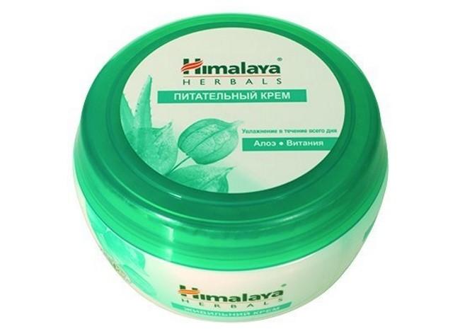HIMALAYA Крем питательный для лица Алоэ и Витамин 150млОтличное средство для увлажнения, питания и защиты кожи на целый день, благодаря экстракту алоэ и витании. Легкая нежирная основа крема приятна в использовании и подходит на каждый день. Активными компонентами крема являются: Алоэ, обладающее увлажняющим и смягчиающим эффектом; Витания является антисептическим и противовоспалительным средством, антиоксидант; Кино, действие компонента направлено на сужение пор и приведение кожи в тонус; Центелла оказывает лечебное воздействие при кожных заболеваниях.<br><br>Вес г: 160<br>Бренд : Himalaya Herbals<br>Объем мл: 150<br>Тип кожи : нормальная, комбинированная, все типы кожи<br>Консистенция : крем<br>Тип крема : увлажняющий, питательный<br>Возраст : 25+, 30+, 35+, 40+<br>Эффект : выравнивание, эластичность<br>По времени суток : дневной уход<br>Страна производитель : Индия