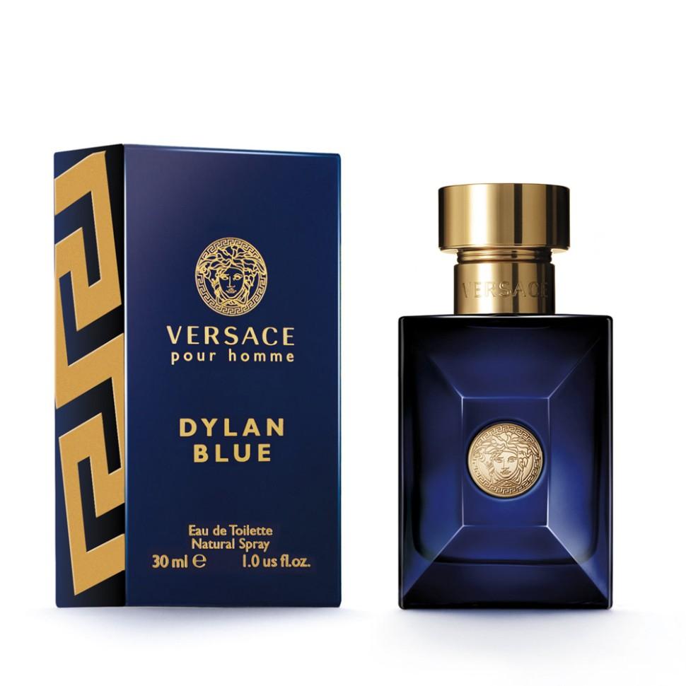 Versace Dylan Blue Туалетная вода 30 млVersace<br>Dylan Blue - это воплощение современного мужчины Versace. Этот аромат с ярким индивидуальным характером пронизан мужественностью и харизмой. Мне нравится, как традиционные ноты звучат в нём по-новому, современно, свежо и актуально на все времена. Донателла Версаче<br>Особенности состава:<br>Древесный ароматический фужерный<br>Состав:<br>этиловый спирт 79,69%, ароматическая композиция, дистиллированная вода, этилгексил метоксициннамат, бутил метоксидибензолметан, этилгексил салицилат, линалоол, лимонен, кумарин, цитронеллол, альфа-изометилионон, цитраль, гераниол, фарнезол<br><br>Вес г: 194<br>Бренд : Versace<br>Объем мл: 30<br>Возраст : 14+<br>Страна производитель : Италия<br>Вид Аромата : Древесный, ароматический, фужерный<br>Шлейф : Минеральный мускус**, Бобы тонка, Шафран, Ладан (*<br>Верхняя Нота : Калабрийский бергамот, Грейпфрут, Листья фигового<br>Верхняя Нота : Калабрийский бергамот, Грейпфрут, Листья фигового