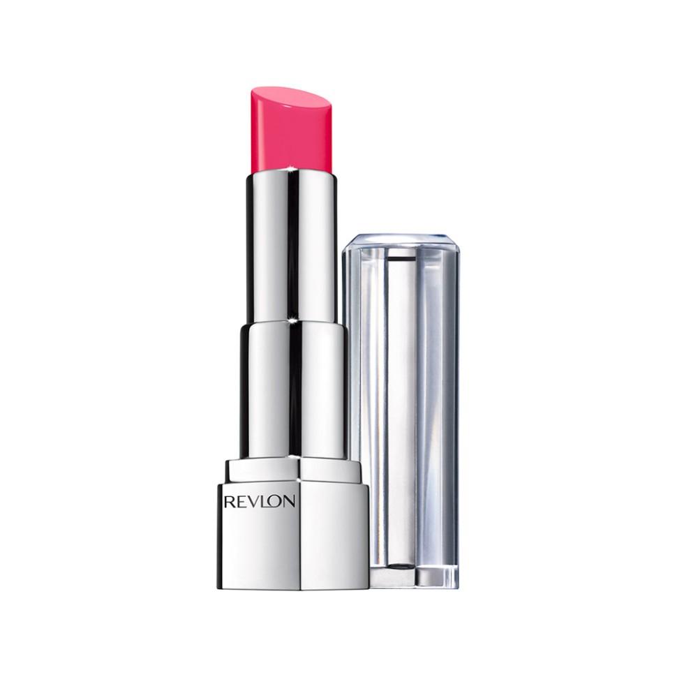Revlon Помада для губ Ultra Hd Lipstick (825 Hydrangea)Revlon<br>Ваш мир в ярких, искрящихся цветах! Откройте для себя новые границы с Revlon Ultra HD™ Lipstick. Благодаря гелевой формуле без содержания воска, помада идеально ложится на губы, придавая им яркий, насыщенный цвет.   Главный секрет - это уникальная, легкая гелевая формула, которая легко наносится на губы в отличие от других помад с содержанием воска. Всего одно движения и ваши губы приобретают сочный оттенок без утяжеления. Обладает приятным ароматом ванили и спелого манго.Способ применения:<br>аккуратно нанести на губы<br>Состав:<br>DIISOPROPYL DIMER DILINOLEATE, POLYBUTENE, BIS-(CI2-14 ALKYL PPG-4) HEXAMETHYLENEDIUREA, BIS-(CI2-14 ALKYL PPG-4) HEXAMETHYLENEDIUREA, HYDROGENATED POLY(C6-14 OLEFIN), HYDROGENATEDPOLYDECENE, OCTYLDODECANOL, TRIDECYL TRIMELLITATE, METHYL DIHYDROAB1ETATE, ISONONYL ISONONANOATE, BIS-DIGLYCERYL POLYACYLADIPATE-2, DIBUTYL LAUROYL GLUTAMIDE, SILICA SILYLATE, SYNTHETIC FLUORPHLOGOPITE, PARFUM (FRAGRANCE), STEARALKONIUM BENTONITE, DIBUTYL ETHYLHEXANOYL GLUTAMIDE, PROPYLENE CARBONATE, BENZOIC ACID, BUTYROSPERMUM PARKII (SHEA) BUTTER, COCOS NUCIFERA (COCONUT) OIL, MANGIFERA INDICA (MANGO) SEED BUTTER, BHT, SODIUM SACCHARIN, LIMONENE, LINALOOL, LINALOOL, CALCIUM SODIUM BOROSILICATE, CALCIUM ALUMINUM BOROSILICATE, MICA, RED 7 LAKE (CI 15850), T1TANIUM DIOXIDE (Cl 77891), BLUE 1 LAKE (Cl 42090), RED IRON OXIDE (CI77491), BLACK IRON OXIDE (Cl 77499), YELLOW 5 LAKE (Cl19140), TIN OXIDE (Cl77861)<br><br>Вес г: 58<br>Бренд : Revlon<br>Объем мл: 25<br>Упаковка помады : футляр (выдвижная)<br>Текстура помады : глянцевая<br>Свойства помады : увлажняющая<br>Вид помады : классическая<br>Страна производитель : СОЕДИНЕННЫЕ ШТАТЫ АМЕРИКИ