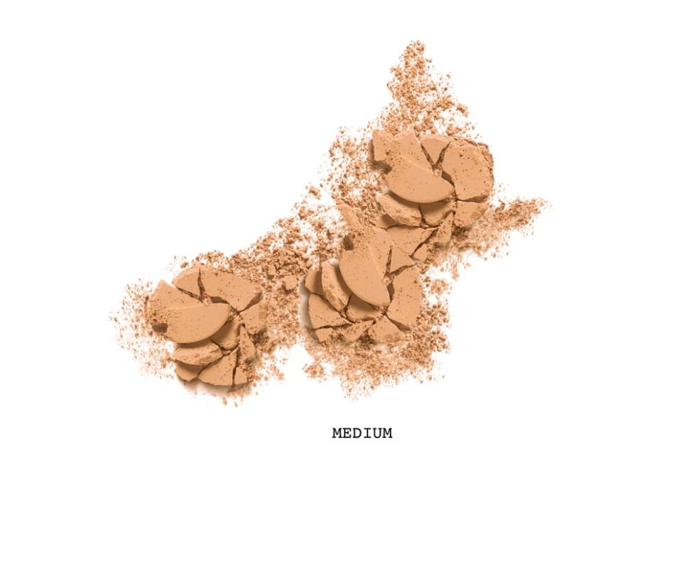 Revlon Пудра для лица компактная Colorstay Pressed Powder (840 Medium)Revlon<br>Легендарная пудра из коллекции продуктов ColorStay™. Суперпигментированная компактная пудра с невероятно легкой текстурой идеально ложится на кожу и создает идеальную платформу для нанесения цветных продуктов (румяна, скульптурирующие палитры, цветные хайлйтеры). Эффект HD / High Definition (высокая точность светопередачи). Пудра нивелирует недостатки и предупреждает появление неприятного жирного блеска. С ColorStay™ ваш макияж остается безупречным не менее 16 часов.<br>Способ применения:<br>Наносите на чистую кожу лица или поверх макияжа<br>Состав:TALC, MICA, BISMUTH OXYCHLORIDE, ZINC STEARATE, SILICA, DIMETHICONE, NYLON-12, POLYMETHYL METHACRYLATE, POLYETHYLENE, OCTYLDODECYL NEOPENTANOATE, PHENOXYETHANOL, LEClTHIN, LAUROYL LYSINE, SORBIC ACID, DIMETHICONOL, TRIMETHOXYCAPRYLYLSILANE, CYCLOPENTASILOXANE, DIMETHICONE/SILSESQUIOXANE COPOLYMER, SERICA ((SILK) SOIE), CYMBIDIUM GRANDIFLORUM FLOWER EXTRACT, MALVA SYLVESTRIS (MALLOW) EXTRACT, LILIUM CANDIDUM (LILY) BULB EXTRACT, LACTOBACILLUS/ERIODICTYON CALIFORNICUM FERMENT EXTRACT, TITANIUM DIOXIDE (Cl77891), YELLOW IRON OXIDE (Cl 77492), RED IRON OXIDE (CI 77491), BLACK IRON OXIDE (Cl77499)<br><br>Вес г: 115<br>Бренд : Revlon<br>Объем мл: 78<br>Эффект покрытия : матирование<br>Тип пудры : компактная<br>В комплекте : пуховка<br>Страна производитель : СОЕДИНЕННЫЕ ШТАТЫ АМЕРИКИ