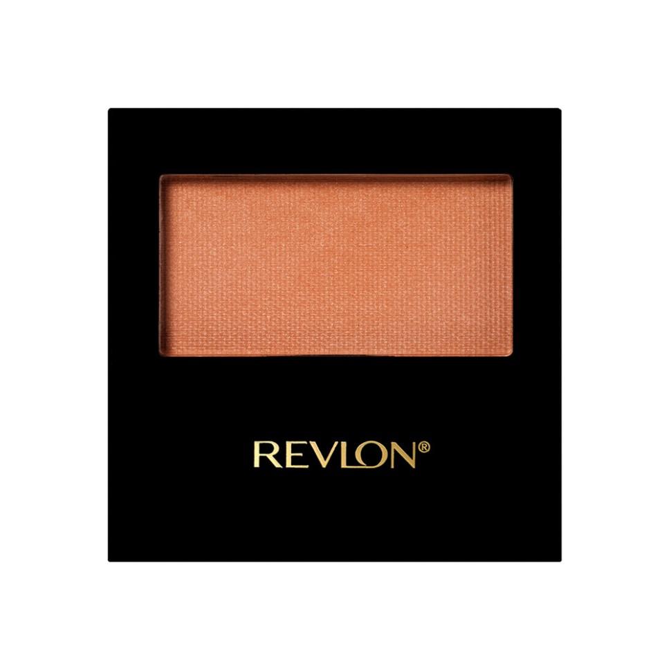 Revlon Румяна для лица Powder Blush (006 Naughty nud)Revlon<br>REVLON POWDER BLUSH - это ультрамягкие, шелковистые компактные румяна, которые улучшают цвет лица. Легкое прикосновение каждого оттенка моментально преображает ваши скулы, заставляя их играть неповторимым румянцем. Кроме этого, они обеспечат вам свежий цвет лица на протяжении всего дня.Способ применения:<br>Нанесите румяна при помощи клиновидной кисточки на щеки<br>Состав:<br>TALC, MICA, ETHYLHEXYL PALMITATE, POLYETHYLENE, DIMETHICONE, BORON N ITRIDE, POLYMETHYL METHACRYLATE, ZINC STEARATE, BISMUTH OXYCHLORIDE, SILICA, SORBIC ACID, LAUROYL LYSINE, TRIMETHYLSILOXYSILICATE, TOCOPHERYL ACETATE, TITANIUM DIOXIDE (CI 77891), MICA, RED IRON OXIDE (CI 77491), BLACK IRON OXIDE (CI 77499), RED 6 LAKE (CI 15850), RED 7LAKE (CI 15850)<br><br>Вес г: 80<br>Бренд : Revlon<br>Объем мл: 45<br>В комплекте : кисть<br>Страна производитель : СОЕДИНЕННЫЕ ШТАТЫ АМЕРИКИ