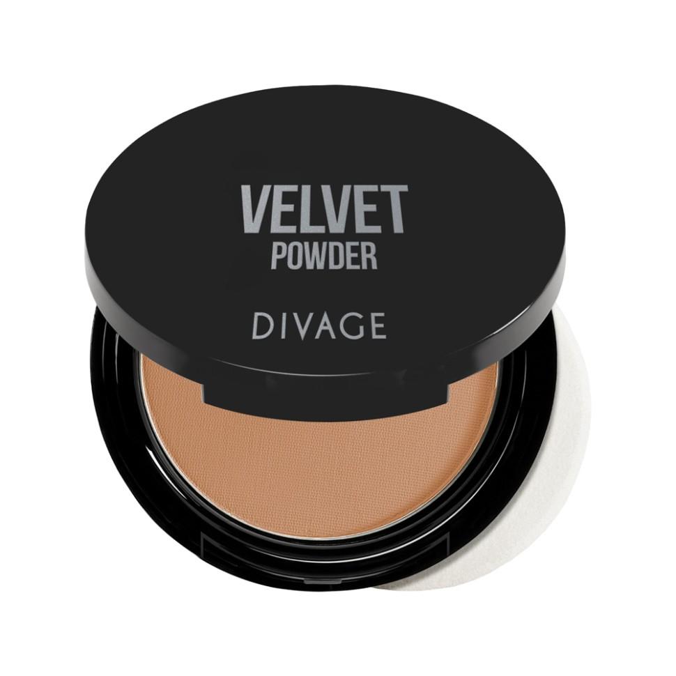 Divage Пудра компактная Velvet (№5202)Divage<br>Корректирующая пудра с микродисперсной структурой, покрывающая кожу тончайшим прозрачным слоем. С её помощью можно придать лицу матовость, бархатистость и скрыть мелкие недостатки. Формула обладает ухаживающим эффектом, она смягчает эпидермис, предотвращает потерю влаги и защищает от агрессивного воздействия солнца. Масло аргании, входящее в состав формулы, защищает кожу от преждевременного старения.<br>Пудра просто незаменимый продукт в каждой косметичке! Советы от DIVAGE раскроют для тебя все грани этого продукта! Используй пудру не только для придания матовости коже лица, но и для завершения макияжа. Нанесение пудры последним этапом продлевает стойкость макияжа, поэтому лицо можно припудривать в течение всего дня. Перед нанесением пудры, сними излишки кожного жира с помощью салфетки, это поможет избежать эффекта маски. Матовая шелковистая кожа - это просто с DIVAGE!<br>Состав:<br>Talk, Zea Mays Starch (Zea Mays (Corn) Starch), Zinc Stearate, Dimethicone, Pentaerythrityl Tetraisostearate, Octyldodecyl Stearoyl Stearate, Silica, Nylon-12, Potassium Sorbate, Chlorphenesin, Diisostearyl Malate, Argania Spinosa Kernel Oil, HDI/Trimethylol Hexyllactone Crosspolymer, CI 77492 (Iron Oxides), CI 77491 (Iron Oxides), CI 77891 (Titanium Dioxide), CI 77499 (Iron Oxides)<br><br>Вес г: 100<br>Бренд : Divage<br>Объем мл: 9<br>Эффект покрытия : матирование<br>Тип пудры : компактная<br>Зеркало : Да<br>В комплекте : пуховка<br>Страна производитель : Россия
