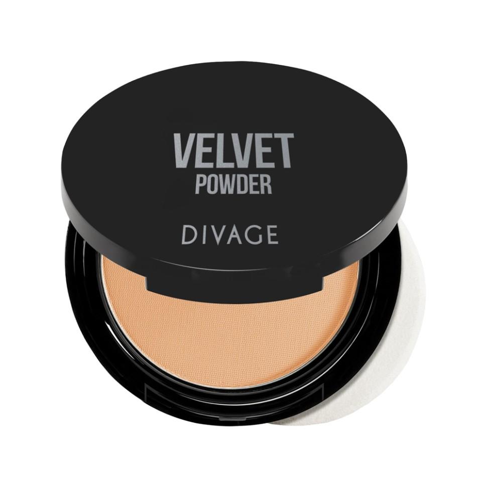 Divage Пудра компактная Velvet (№5204)Divage<br>Корректирующая пудра с микродисперсной структурой, покрывающая кожу тончайшим прозрачным слоем. С её помощью можно придать лицу матовость, бархатистость и скрыть мелкие недостатки. Формула обладает ухаживающим эффектом, она смягчает эпидермис, предотвращает потерю влаги и защищает от агрессивного воздействия солнца. Масло аргании, входящее в состав формулы, защищает кожу от преждевременного старения.<br>Пудра просто незаменимый продукт в каждой косметичке! Советы от DIVAGE раскроют для тебя все грани этого продукта! Используй пудру не только для придания матовости коже лица, но и для завершения макияжа. Нанесение пудры последним этапом продлевает стойкость макияжа, поэтому лицо можно припудривать в течение всего дня. Перед нанесением пудры, сними излишки кожного жира с помощью салфетки, это поможет избежать эффекта маски. Матовая шелковистая кожа - это просто с DIVAGE!<br>Состав:<br>Talk, Zea Mays Starch (Zea Mays (Corn) Starch), Zinc Stearate, Dimethicone, Pentaerythrityl Tetraisostearate, Octyldodecyl Stearoyl Stearate, Silica, Nylon-12, Potassium Sorbate, Chlorphenesin, Diisostearyl Malate, Argania Spinosa Kernel Oil, HDI/Trimethylol Hexyllactone Crosspolymer, CI 77492 (Iron Oxides), CI 77491 (Iron Oxides), CI 77891 (Titanium Dioxide), CI 77499 (Iron Oxides)<br><br>Вес г: 100<br>Бренд : Divage<br>Объем мл: 9<br>Эффект покрытия : матирование<br>Тип пудры : компактная<br>Зеркало : Да<br>В комплекте : пуховка<br>Страна производитель : Россия