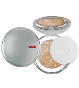 Pupa компактная пудра Luminys baked face powder (05 amberlight)Pupa<br>Компактная пудра Pupa Luminys baked face powder - разглаживающая пудра с эффектом шелка.Выравнивает тон кожи одним легким прикосновением, скрывает недостатки, придает естественный цвет лица.В результате кожа становится бархатистой, мягкой и гладкой. Неощутимая и легкая текстура, очень приятная на ощупь и в применении.Технология производства которая занимается запеченными средствами гарантирует: оптимальную мягкость на ощупь, максимальную яркость цвета и максимальную стойкость макияжа.<br><br>Вес г: 100<br>Тон : 05 amberlight<br>Бренд : Pupa<br>Эффект покрытия : матирование<br>Тип пудры : запеченая<br>Зеркало : Да<br>В комплекте : пуховка