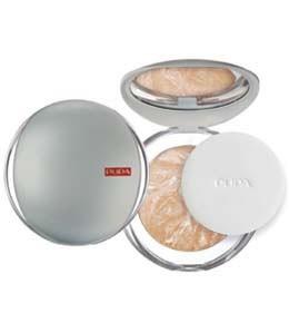 Pupa компактная пудра Luminys baked face powder (06 biscuit)Pupa<br>Компактная пудра Pupa Luminys baked face powder - разглаживающая пудра с эффектом шелка.Выравнивает тон кожи одним легким прикосновением, скрывает недостатки, придает естественный цвет лица.В результате кожа становится бархатистой, мягкой и гладкой. Неощутимая и легкая текстура, очень приятная на ощупь и в применении.Технология производства которая занимается запеченными средствами гарантирует: оптимальную мягкость на ощупь, максимальную яркость цвета и максимальную стойкость макияжа.<br><br>Вес г: 100<br>Бренд : Pupa<br>Эффект покрытия : выравнивание<br>Тип пудры : запеченая<br>Зеркало : Да<br>В комплекте : пуховка