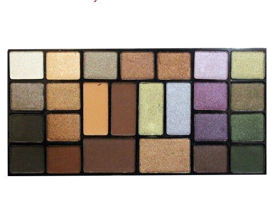ТРИУМФ TF Набор теней 25 цветов Color Palette Eyeshadow (01 коричневые оттенки с зеленой гаммой)ТРИУМФ TF<br>Палитра теней прекрасно подходит для дневного, вечернего и свадебного макияжа. В палитре собраны как холодные, так и теплые оттенки, матовые и перламутровые, для создания макияжа в стиле Smoky Eyes, для всех цветотипов. Палетка располагает полной гаммой оттенков – от нейтральных до очень ярких;  все высоко пигментированы.<br><br>Вес г: 120<br>Бренд: Триумф TF<br>Способ нанесения: сухой<br>Эффект на веках: перламутровый<br>Тип теней: палитра теней<br>Страна производитель: Польша