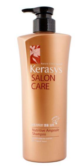 KeraSys Шампунь для волос Salon Care Питание (470 мл)KeraSys<br>KeraSys Salon Care Nutritive Ampoule Shampoo – питательный шампунь для волос от корейского бренда, который пользуется спросом на территории стран СНГ. Салонная профессиональная косметика создана по результатам последних научных исследований.  Азиатская косметическая продукция славится своим качеством и экзотичностью, и Nutritive Ampoule Shampoo серии Salon Care от KeraSys не исключение. Его запатентованная формула с лечебными ампулами позволяет доставлять компоненты непосредственно к волосяной луковице, минуя агрессивную моющую среду самой косметики.  Это средство предназначено для питания волосяной луковицы и восстановления волос после повреждения от использования стайлинговых средств. В его состав входит такой мощный антиоксидант, как бегеновое масло масло семян моринги. Такой несколько экзотический для покупателей ингредиент широко используется в Индии, Китае и Корее. Это – природный антибиотик, который борется с воспалениями и бактериями, устраняет перхоть и мягко питает кожу головы.  Витамины А и С борются со свободными радикалами, а растительный протеин встраивается в структуру волос, делая их вновь гладкими и плотными.  Полифенолы также считаются мощнейшими антиоксидантами, защищающими волос от воздействия агрессивной внешней среды. В итоге волосы выглядят более сильными и здоровыми, так как питание происходит на клеточном уровне. Этот продукт от KeraSys при регулярном применении позволит избавиться от последствий стресса, плохой экологии, несбалансированного питания и агрессивных внешних факторов, которые ухудшают кровяное снабжение волосяной луковицы, делая волосы тусклыми и сухими.<br><br>Вес г: 500<br>Бренд : KeraSys<br>Тип волос : поврежденные<br>Действие : питание<br>Тип средства для волос : шампунь<br>Страна производитель : Корея