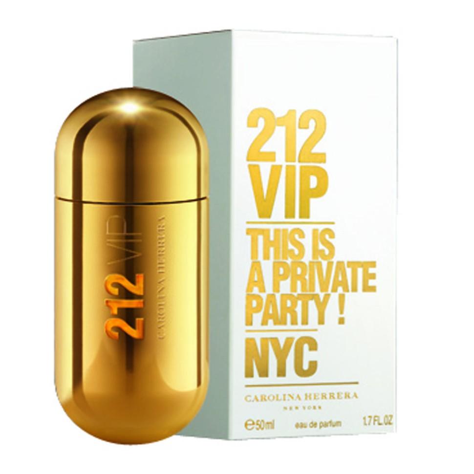 Carolina Herrera 212 VIP Парфюмерная вода 50 млCarolina Herrera<br>Аромат 212 VIP нашел свое вдохновение у молодых и творческих людей Нью-Йорка, которые пишут будущую историю мегаполиса, истинных VIP персон. Яркие эпатажные люди, которые любят и умеют хорошо проводить время. Основная идея аромата «А вы есть в списке?» – фраза, пришедшая из мира VIP, но не имеющая ничего общего с деньгами или известностью. Быть в списке - значит обладать особой жизненной позицией и неординарными личностными характеристиками. 212 VIP веселый, праздничный, цветочный аромат, который сочетает в себе стиль и отношение к жизни, покоряя тремя своими основными гранями. Ноты пьянящего рома и экзотической маракуй воплощают с собой аккорд вечеринки. Взрывной коктейль, которым можно наслаждаться в любое время! Светский аккорд - отличительная черта нового поколения 212 VIP. Он передается нотами всепоглощающего мускуса и изысканной гардении. Аура исключительности. Наконец, стильный аккорд заключен в ингредиентах, придающих аромату обворожительный шарм: восхитительная ультра-женствен<br>Особенности состава:<br>Ром и Маракуйя - вот правильный рецепт крутой вечеринки<br>Мнение эксперта:<br>Аромат как интрига. Погружают в водоворот ночной жизни с приставкой VIP<br>Состав:<br>ALCOHOL DENAT., PARFUM (FRAGRANCE), AQUA (WATER), LIMONENE, LINALOOL, COUMARIN, GERANIOL, HYDROXYISOHEXYL 3-CYCLOHEXENE CARBOXALDEHYDE, BUTYLPHENYL METHYLPROPIONAL, CITRAT, BENZYL ALCOHOL, ALPHA-ISOMETHYL IONONE ALCOHOL OF VEGETAL ORIGIN<br><br>Вес г: 361<br>Бренд : Carolina Herrera<br>Объем мл: 50<br>Возраст : 14+<br>Страна производитель : Испания<br>Вид Аромата : Гурманский восточный<br>Шлейф : Бензоин, ваниль<br>Верхняя Нота : Горький апельсин, маракуйя<br>Верхняя Нота : Горький апельсин, маракуйя