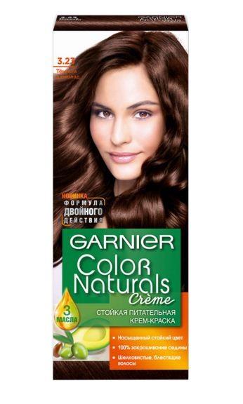 Garnier Краска для волос Color Naturals (3.23 Темный шоколад)Краска для волос<br>Глубокое питание, насыщенный цвет, стойкость более 8 недельСпециальная формула краски для волос Garnier Color Naturals, обогащенная 3 маслами, проникает в самое сердце волоса и интенсивно питает его. Благодаря глубокому питанию волосы лучше насыщаются цветом и сохраняют его надолго. Крем-краска Гарньер Колор Нэчралс имеет кремообразную текстуру, которая легко наносится, не течет и имеет приятный аромат.<br>Результат: <br>Стойкость более 8-ми недель<br>Глубокое питание волос<br>100% закрашивание седины<br><br>Вес г: 150<br>Бренд: Garnier<br>Вид краски для волос: стойкая краска<br>Оттенок краски для волос: 3.23 Темный шоколад