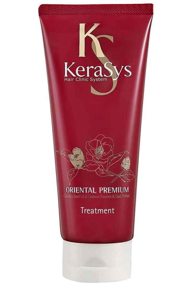KeraSys Маска для волос Oriental Premium для всех типов волосKeraSys<br>Керасис ОРИЕНТАЛ Маска для волос<br>Kerasys Oriental Premium treatmentТип волос: все типы волос, в том числе ослабленные и поврежденные.Масло семян камелии проникает в структуру волосяного стержня, питает корневую луковицу, усиливает защиту волос. Благодаря кондиционирующим свойствам масла, волосы обретают блеск и эластичность. Кератиновый комплекс питает и разглаживает поврежденный волос. Композиция из 6-ти восточных трав женьшень, жгун-корень, орхидея, ангелика, гранат, камелия укрепляет корни волос и предотвращает преждевременное выпадение. Концентрация кератина в 2,5 раза выше в сравнении с кондиционером. Оказывает солнцезащитное действие. Эффективность применения доказана клинически институтами дерматологии Германии и США.Способ применения: после применения шампуня равномерно нанесите на волосы небольшое количество средства, сделайте легкий массаж в течение 1 минуты, смойте. не требует дополнительного использования кондиционера для волос.Kerasys – профессиональный  за волосами в домашних условиях.Объем: 200 мл<br><br>Вес г: 250<br>Бренд : KeraSys<br>Объем мл: 200<br>Тип волос : поврежденные, тонкие и ослабленные, все типы волос<br>Действие : питание, укрепление, блеск и эластичность, разглаживание, УФ защита<br>Тип средства для волос : маска<br>Страна производитель : Корея