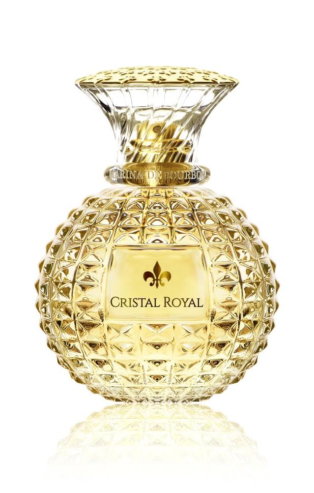 Princesse Marina De Bourbon Paris Cristal Royal Парфюмерная вода 100 млРуководство по выбору:<br>При выборе обратите внимание на вид аромата и ноты, прислушайтесь к своим эмоциям.<br>Описание:<br>ФЛАКОН: Абсолютная чувственность, кристальная прозрачность и светящаяся яркость: Parfum Princesse Marina de Bourbon представляет новую линейку ароматов Cristal Royal, драгоценный камень редкой красоты. Вдохновленный работой французских мастеров Версаля и мастеров по отделке хрусталя, новый аромат от Princesse Marina de Bourbon - вуаль чувственности и красоты. Поверхность флакона усыпана рельефными бриллиантовыми пиками, которые усиливают игру света. Принцесса, входя в Версальский дворец, обратила внимание на сферу центральной люстры, которая вобрала в себя всё солнце и золото Зеркального зала. Принцессе захотелось подарить всем женщинам частицу французской роскоши. Cristal Royal - сочетание соблазна и чувственности, чистый как солнечный свет c ярким характером. Девушка как бриллиант излучает все грани своей красоты, чувственности и благородствa. Аромат пробуждает принцеcсу в женщинe и открывает для неё мир гламурa и очарования. АРОМАТ: Яркий аромат для женщин, которые хотят ощутить при<br>Мнение эксперта:<br>Что мне нравится в Cristal Royal? Даже в самых длительных моментах тишины он продолжаeт разговаривать Принцесса Марина де Бурбон<br>Особенности состава:<br>Яркий, молодой, стильный аромат.<br>Состав:<br>Состав: ALCOHOL DENAT., PARFUM (FRAGRANCE), AQUA (WATER), ALPHA-ISOMETHYL IONONE, BENZYL ALCOHOL, BENZYL SALICYLATE, BUTYLPHENYL METHYLPROPIONAL, CINNAMYL ALCOHOL, CITRAL, CITRONELLOL, GERANIOL, HEXYL CINNAMAL, ISOEUGENOL, LIMONENE, LINALOOL, METHYL 2-OCTYNOATE, ETHYLHEXYL METHOXYCINNAMATE, BUTYL METHOXYDIBENZOYLMETHANE, ETHYLHEXYL SALICYLATE, RED 4 / CI 14700,YELLOW 5 / CI 19140,RED 33 / CI 17200<br><br>Вес г: 812<br>Бренд : MARINA DE BOURBON<br>Объем мл: 100<br>Страна производитель : Франция<br>Вид Аромата : Цветочно-фруктовый<br>Шлейф : Сандал, мускус, сандал дерево<b