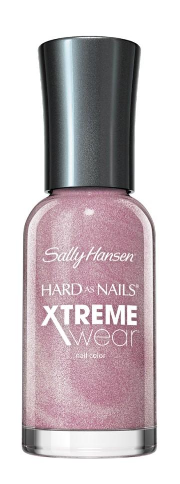 Sally Hansen Xtreme Wear Лак для ногтей (425-67 бледно-розовый)Руководство по выбору:<br>Выбирайте оттенок исходя из настроения, повода и типа внешностиСпособ применения:<br>Наносить на очищенные от лака сухие ногти<br>Описание:<br>Разные оттенки стойкого маникюра! Ингредиенты для прочности ногтей, великолепный  блеск и цвет лака!<br>Состав:<br>Комплекс микро-блеск, титан, кальций<br><br>Вес г: 80<br>Бренд : Sally Hansen<br>Объем мл: 11<br>Вид лака : классичекий<br>Эффект на ногтях : перламутровый<br>Страна производитель : СОЕДИНЕННЫЕ ШТАТЫ АМЕРИКИ